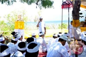 """Wagub Bali Hadiri Ritual """"Mulang Pakelem"""""""
