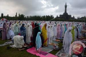 Khatib Ajak Umat Muslim Bali Berantas Korupsi (video)
