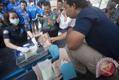 BNNP Bali Musnahkan Ribuan Ekstasi