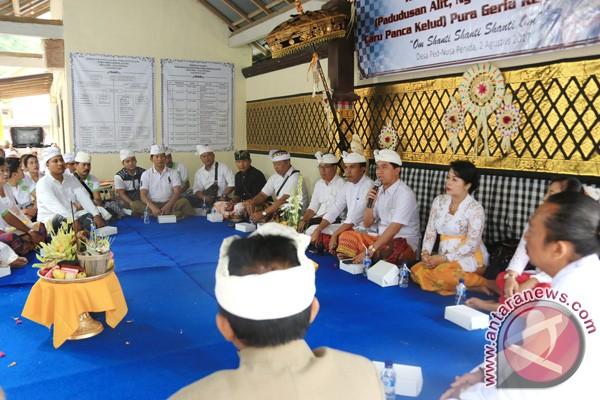 Bupati Suwirta Tinjau Persiapan Ritual di Nusa Penida