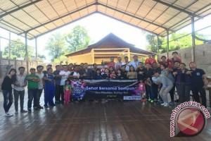 Alumni Smansa Singaraja Tukar Sampah Dengan Pelayanan Kesehatan
