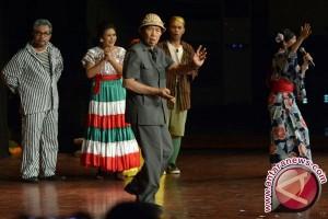 Gubernur Bali Jadi Dukun Dalam Pentas Teater