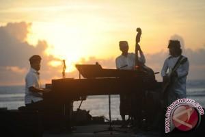 "Jazz ""Surya Sewana"" Bius Wisatawan di Sanur"