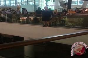 Aussie Ngamuk, Nekat Lompat di Bandara Ngurah Rai