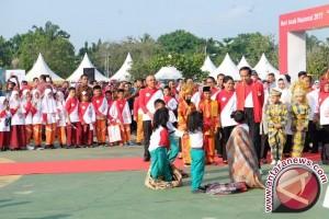 Presiden Jokowi Usulkan Kegiatan Sosial Jadi PR Pelajar