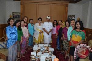 Wagub Bali Ajak KCB Lestarikan Kain Tradisional