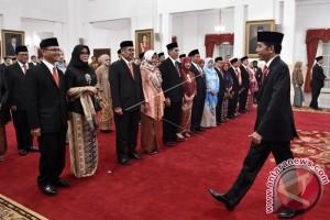 Presiden Lantik Dewan Pengawas dan Anggota BPKH