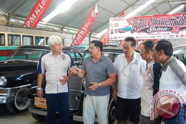 PPMKI Bali Pameran Mobil Klasik Sambut Kemerdekaan RI (Video)