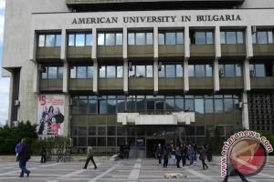 Mahasiswa Indonesia Raih Penghargaan Kompetisi Matematika di Bulgaria