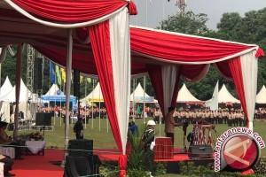 Presiden Menyaksikan Prosesi Bhinneka Tunggal Ika Pramuka