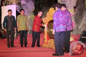 Gubernur Pastika Minta Masyarakat Kunjungi Pameran Pembangunan