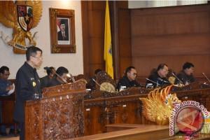 DPRD dan Bupati Tabanan Sahkan Enam Perda