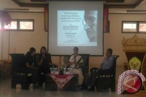 Tokoh Hindu India Gemakan Pesan Gandhi Untuk Perdamaian