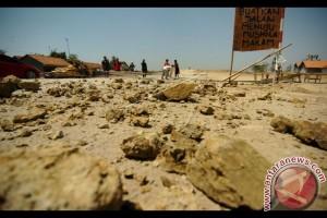 Warga Protes Pembangunan Jalan Tol
