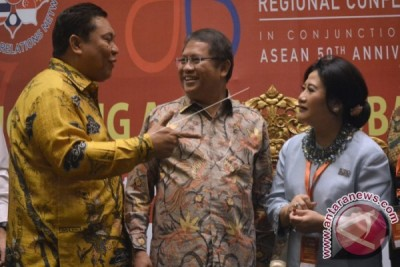 Minister Encourages PR to Promote ASEAN Competitiveness