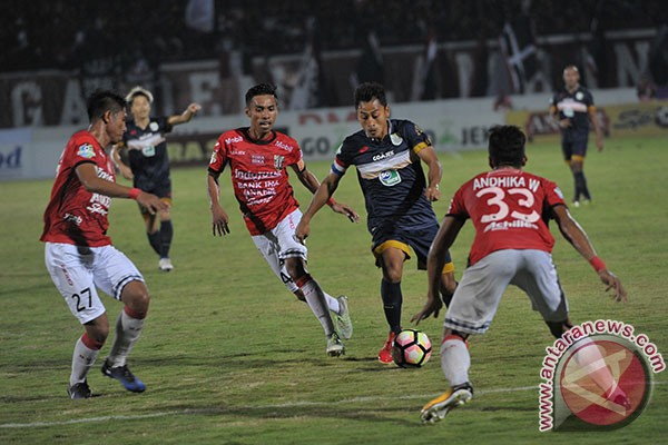 Bali United Kalahkan Persela Lamongan 5-1