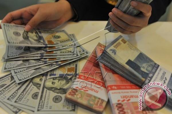 Rupiah Ditransaksikan Rp13.521per Dolar AS