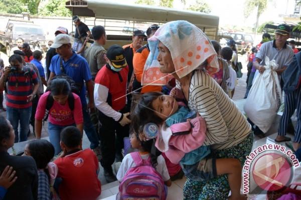 BNPB: 1.259 Warga Karangasem Mengungsi Siaga Gunung Agung