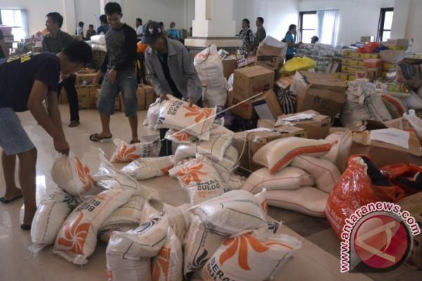 Gubernur Pastika Pastikan Persediaan Logistik Pengungsi Cukup