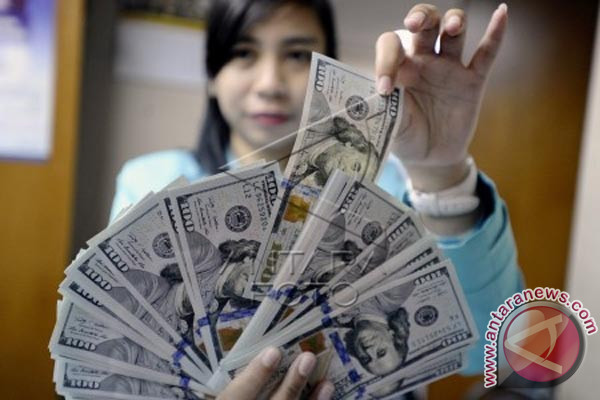 Kurs Dolar AS Menguat