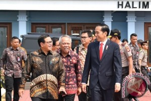 Presiden Joko Widodo ke Bandung Hadiri Dies Natalis Unpad