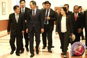 Wapres Kalla Temui Senat Kazakhstan