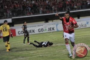 Bali United Kalahkan Persija 2-1