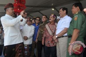 Menteri Luhut: Pembangunan Patung GWK Selesai Juli 2018