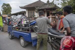 378 Warga Karangasem Mengungsi Ke Klungkung (Video)
