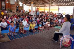 Relawan Pengungsi Gunung Agung Di Klungkung Menurun
