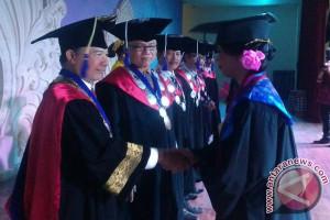 ISI Denpasar Wisuda 305 Sarjana dan Pascasarjana (Video)