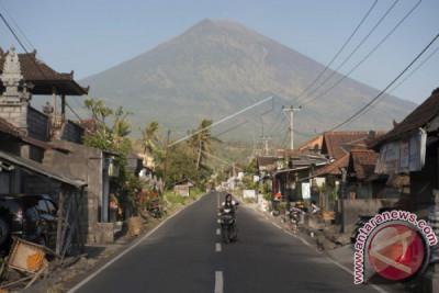 143 Mt Agung Evacuees Return To Their Village In Bali