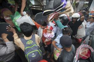 IOM Membantu Pemda Buleleng Tangani Pengungsi Gunung Agung