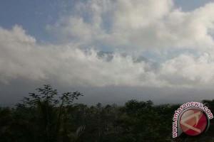 PVMBG Deteksi Kembali Aktivitas Penggembungan Gunung Agung
