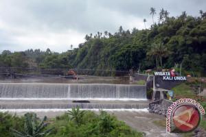 Gubernur Pastika Menyoroti Kegiatan Galian C Karangasem di KRB