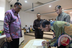 Lantik Ketua LPPM, Rektor Undiksha Dorong Peningkatan Publikasi Jurnal Internasional (Video)