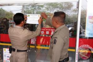 Satpol PP Segel Bangunan Tanpa IMB di Denpasar