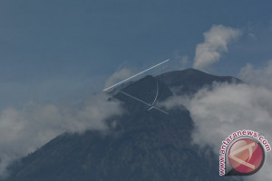 PVMBG: Pergerakan Magma Gunung Agung Masih Ada