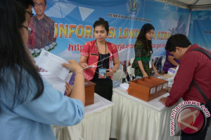Wali Kota Denpasar Membuka Bursa Kerja 2017