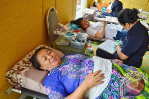 Antusias Warga Kota Denpasar Mengikuti Acara Donor Darah bersama RSUD. Wangaya di HARRIS-POP! Hotels & Conventions Denpasar