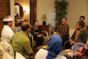 """Bupati Tabanan Masuk Nominasi Penerima """"Leadership Award 2017"""""""