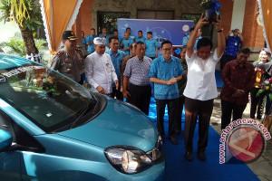 Blue Bird Hadirkan Kendaraan Taksi MPV