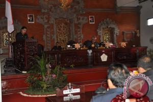 DPRD Tabanan Sepakat Tetapkan Sepuluh Perda
