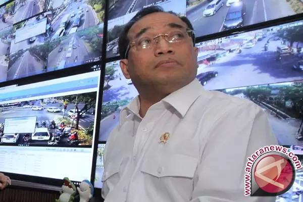Menhub Mengapresiasi Uji KIR Khusus Taksi Online