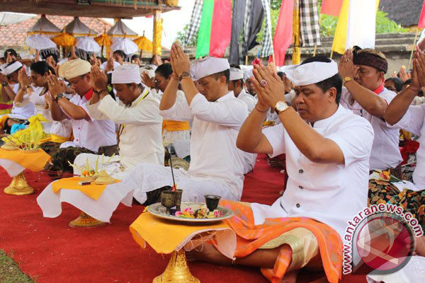 Wagub Bali Menghadiri Ritual