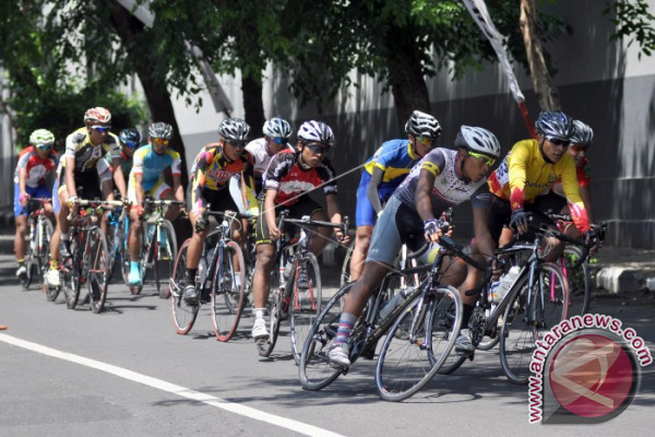 "Badung Tuan Rumah Perlombaan ""Customs Cycling"" Terbuka"