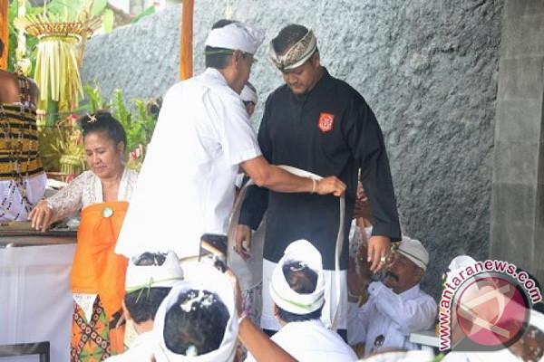 Alit Sucipta Dilantik Jadi Ketua Dewan Pendekar PSPS