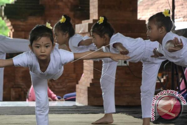 Lomba Yoga Pelajar