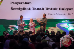 Presiden Jokowi Tiba di Jakarta Akhiri Kunjungan Kerja