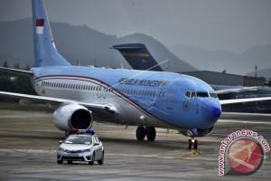 President Jokowi Arrives In Manila To Attend ASEAN Summit